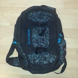DAKINE Snowboarding Active waist strap Backpack